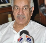 SIALKOT- JULY 6, 2014: FEDERAL MINISTER FOR DEFENCE, WATER & POWER, KHAWAJA MUHAMMAD ASIF TALKING TO MEDIA ABOUT ZARB-E- GHAZAB OPERATION IN NORTH WAZIRISTAN