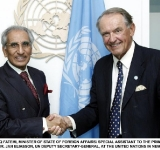 SYED TARIQ FATEMI, MINISTER OF STATE OF FOREIGN AFFAIRS/ SPECIAL ASSISTANT TO THE PRIME MINISTER, MEETING MR. JAN ELIASSON, UN DEPUTY SECRETARY-GENERAL, AT THE UNITED NATIONS IN NEW YORK.